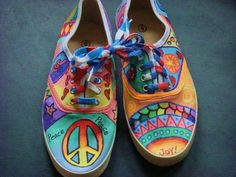 peace toes tennis shoes by LisasColorfulStuff on Etsy, $25.00