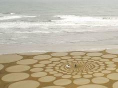 Sand Drawings by Jim Denevan