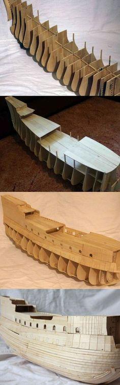 Réplica do navio-fantasma Holandês Voador de Piratas do Caribe