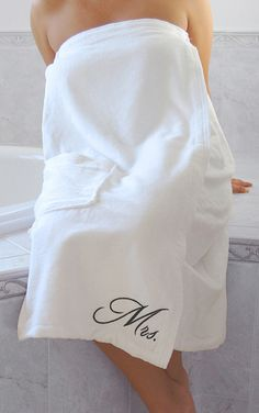 Lillian Rose SP650 SW Mrs. Bath Wrap - White