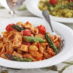 Sun-Dried Tomato Pesto Pasta with Chicken, Roasted Asparagus and Cherry Tomatoes