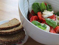 Caprese salad - mozzarella, tomatoes & basil with McCambridge Irish Soda Bread. Soda Bread, Tomato Basil, Caprese Salad, Mozzarella, Tomatoes, Irish, Irish Language, Ireland, Insalata Caprese