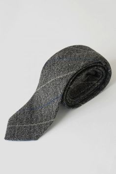 Finished in our classic Scott fabric, this slick tweed tie is the perfect accessory to complete your formal ensemble Tartan Tie, Luxury Ties, City Chic, Tweed, Branding Design, Mens Fashion, Grey, Bags, Accessories
