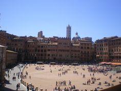 Piazza del Campo, Siena Italy