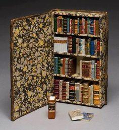 books miniature
