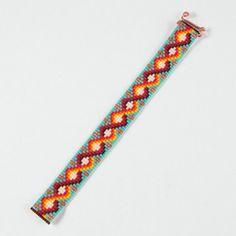 Esta pulsera brazalete Carlsbad grano telar fue inspirada por los hermosos diseños nativos americanos que veo alrededor de mí aquí en Albuquerque,