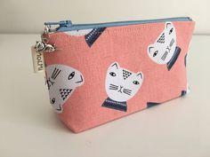 Notions Pouch, Cat case by MoAndMi on Etsy https://www.etsy.com/au/listing/520800454/notions-pouch-cat-case