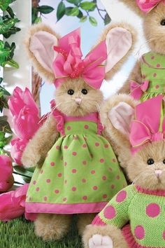 Easter bunnies...for your little girl honeys:)