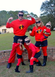 Easy, Affordable, DIY Halloween Costumes for a family of 5. Family themed! Incredibles, perfect for Disney's Mickey's Not So Scary Halloween Party (MNSSHP)