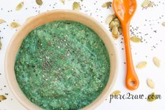 spirulina chia seed pudding. Subbed maple syrup, peppermnint extract, hemp hearts, buckwheat groats, raw cashews, and raw cacao nibs in there