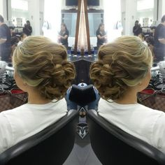 #hair #cabello #updo #recogido #axelupdo #axelrecogido #hairdresser #hairstylist #estilista #peluquero #Panama #pty #pty507 #picoftheday #mirrorphoto #multiplaza #axel04 #behindthechair
