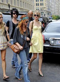 72ba869346f60 Taylor Swift s yellow sun dress Taylor Swift Style