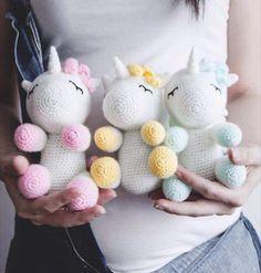 Licorne Crochet Horse, Crochet Unicorn, Crochet Animals, Kawaii Crochet, Cute Crochet, Crochet Baby, Amigurumi Toys, Amigurumi Patterns, Crochet Patterns