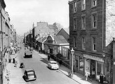my great great grandparents lived at 114 high street Dundee City, Online Scrapbook, Grandparents, Old Photos, United Kingdom, Scotland, Street View, Retro, Grandmothers