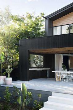 30 Best Modern Exterior for a Dream House – House The Culture Black House Exterior, Modern Exterior, Interior Exterior, Exterior Design, Exterior House Colours, Door Design, Facade Design, Interior Doors, Exterior Paint
