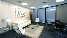 Oficina de 4.500 m2 en Sede de Serono. Proyecto de interiorismo pensado para el bienestar del empleado. Madrid, Conference Room, Table, Furniture, Home Decor, House Decorations, Offices, Wellness, Interiors