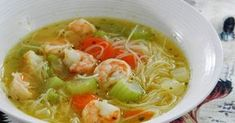 Je fais une fixation sur cette soupe que j'aime au plus haut point. Imaginez vous entrer à la maison après avoir passer la journée dehors, ... Fixation, Thai Red Curry, Point, Healthy Recipes, Healthy Food, Food And Drink, Menu, Favorite Recipes, Cooking