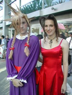 "Cloud and Aerith from ""Final Fantasy VII"" cosplay 