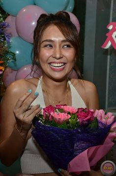 From stars, shows, movies and music, get your daily dose of the hottest showbiz news with PUSH! Kathryn Bernardo, Filipina Actress, Daniel Padilla, Cant Help Falling In Love, Harry Styles Photos, Jadine, Celebs, Celebrities, Grand Opening