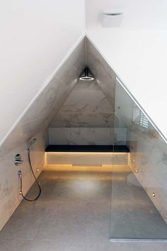 Bathrooms, Bathtub, Stairs, Lighting, Stylish, Home Decor, Standing Bath, Bathtubs, Stairway