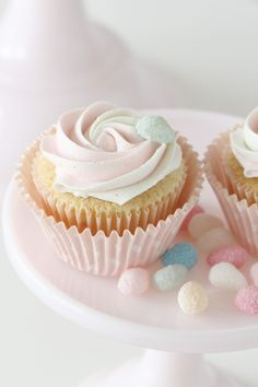 "Passion 4 baking ""Pretty In Pink Cupcakes ~ White Chocolate Frosting"
