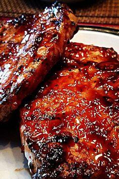 World's Best Honey Garlic Pork Chops Recipe , Ingredients and detailed direction. - World's Best Honey Garlic Pork Chops Recipe , Ingredients and detailed directions brought to you - Easy Pork Chop Recipes, Grilling Recipes, Healthy Recipes, Best Pork Chop Recipe, Hamburger Recipes, Prok Chop Recipe, Recipes With Pork Chops, Vegetarian Grilling, Honey Recipes
