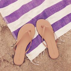 Our favorite LC Lauren Conrad for Kohl's flip flops {these go with everything}