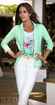 Daytime Cruise Wear for Women With Style - http://boomerinas.com/2011/12/daytime-cruise-wear-for-women-with-style/