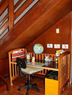Repurposed Crib Project: Kids Work Station - Inspired by Familia
