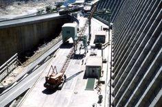 Kariba dam being built