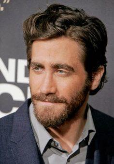50 Vigorous Full Beard Styles for Manly Look – BeardStyle Different Beard Styles, Long Beard Styles, Trendy Haircuts, Haircuts For Men, Jake Gyllenhaal Haircut, Haircut For Big Forehead, Short Beard, Full Beard, Long Beards
