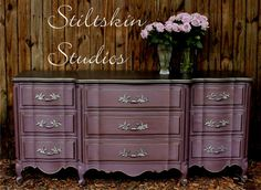 End of bed dresser paint? This dresser was beautifully accented with Modern Masters Smoke Metallic Paint Purple Furniture, Paint Furniture, Furniture Projects, Furniture Makeover, Metallic Painted Furniture, Refurbished Furniture, Upcycled Furniture, Vintage Furniture, Outdoor Furniture