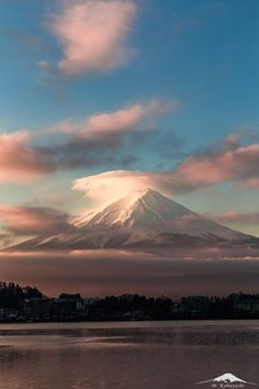 Mount Fuji, Japan Monte Fuji, Best Nature Images, Fuji Mountain, Aesthetic Japan, Japanese Landscape, Places Around The World, Around The Worlds, Japan Photo, Winter Photos