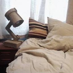 """41 likerklikk, 1 kommentarer – Godull (@godull_godlin) på Instagram: """"And these are a few of my favorite things❤. Fløyel og lin i skjønn forening, morgonlys og lampen…"""" Linen Towels, Home Textile, Linen Bedding, Linen Sheets, Bedding, Bed Linens"""