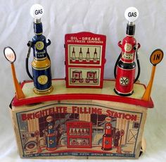 Marx 1930s Brightelite Filling Gas Station Original Working with Original Box
