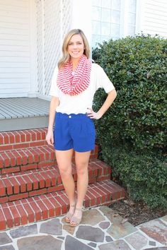 scalloped shorts…need! Use code: blossom5831 for your 10% discount