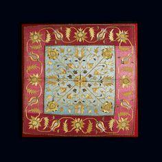 Χρυσοκεντημένος μεταξωτός μποξάς, που χρησίμευε ως λειτουργικός αήρ για την κάλυψη των ιερών σκευών της Αγίας Τράπεζας, από την Αργυρούπολη του Πόντου, 18ος αι. / Gold-thread embroidered silk wrap, used as a liturgical textile covering the holy vessels on the altar. From Argyroupolis, Pontos, 18th c. Creator : Φωτογράφος: Ηλίας Γεωργουλέας / Photographer: Elias Georgouleas © Μουσείο Μπενάκη / Benaki Museum