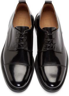 Ami Alexandre Mattiussi for Men Collection Oxford Shoes Outfit, Dress Shoes, Formal Shoes, Casual Shoes, Derby, Best Shoes For Men, Prada Shoes, Mens Fashion Shoes, Designer Shoes