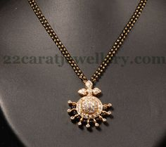 Offers a large choice of high bijou compilations, traditional Blonde Jewellery for girls. Indian Wedding Jewelry, Indian Jewelry, Bridal Jewelry, Gold Pendent, Diamond Pendant, Diamond Jewelry, Gold Jewelry, Image Pinterest, Pendant Jewelry
