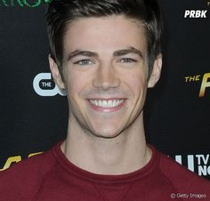"""De """"The Flash"""": Grant Gustin, o Barry, em """"Glee""""? Veja ..."""