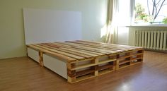 An amazing bed with drawers made with pallets, I love the design of this bed! More information: Marius Valaitis Tumblr ! #Bed, #Design, #Drawer, #Pallets