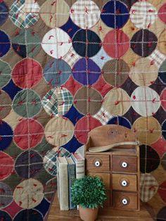 Lots of Turkey Stitches! Heavy Primitive Farmhouse Antique QUILT Romantic Home Decor, Classic Home Decor, French Home Decor, Hallway Table Decor, Entryway Decor, Zebra Room Decor, Rustic Home Interiors, Minimalist Home Interior, Decorating Small Spaces