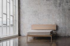 PUFF zagłówek z litego drewna dębowego, polski design Mebloscenka Entryway Bench, Sofa, Furnitures, Home Decor, Beds, Design, Entry Bench, Hall Bench, Settee