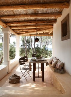 Porch for a cob house