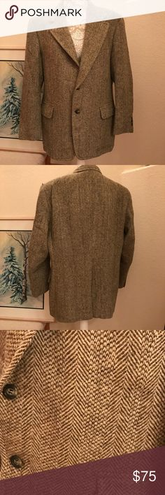 Men's Harris Tweed Classic Sport Jacket Sz L Truly a classic, Vintage Harris Tweed Jacket. Traditional  handwoven Wool Tweed, made in Scotland. Probably a Sz 40-42R, no size label but measurements will be included and are the correct way if determining if the jacket will fit. Excellent condition. No moth or other  damage. Pale olive and Creme tweed fabric. Half lined. Harris Tweed of Scotland Jackets & Coats Lightweight & Shirt Jackets
