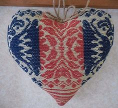 Primitive Vintage Woven Coverlet Cupboard Heart Wall Decor Americana Holiday #NaivePrimitive #auntiemeowsatticprims