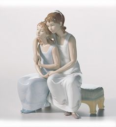 LLADRO - MY SISTER, MY FRIEND