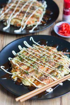 This vegetarian Japanese Okonomiyaki recipe is a simple flour based mixture comb. This vegetarian Japanese Okonomiyaki recipe is a simple flour based mixture combining vegetables, topped with awesome okonomiyaki sauce and Kewpie mayo! Okonomiyaki Rezept, Easy Japanese Recipes, Japanese Dishes, Japanese Pancake, Japanese Mayo Recipe, Simple Vegetable Recipes, Japanese Lunch, Gastronomia, Food Porn