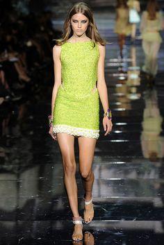 Roberto Cavalli Spring 2009 Ready-to-Wear Fashion Show - Taryn Davidson
