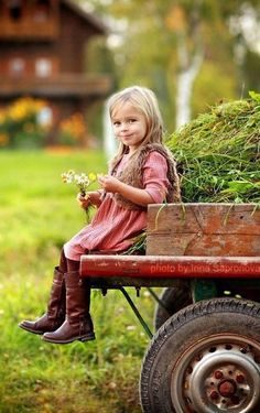 House Farm Ideas Country Living For 2019 Country Charm, Country Life, Country Girls, Country Living, Country Strong, Country Roads, Little People, Little Ones, Little Girls